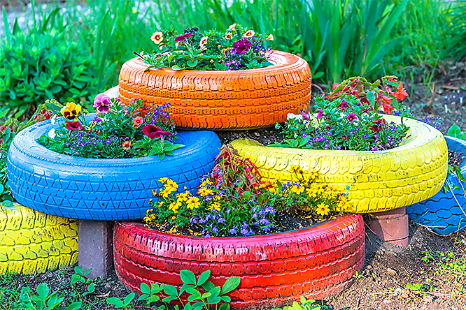 How to Reycle Tires - Colorful Tire Planter
